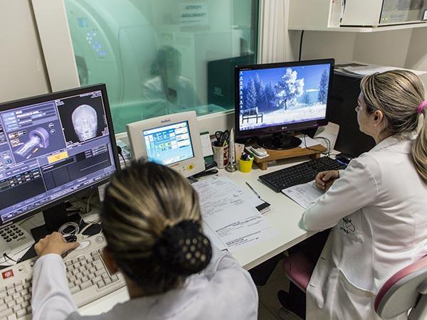 Exames tomográicos