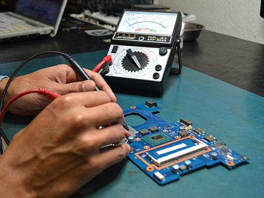 Conserto equipamentos eletrônicos