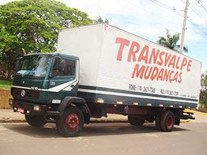 caminhão transvalpe mudanças