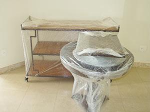 embalando estante e mesa