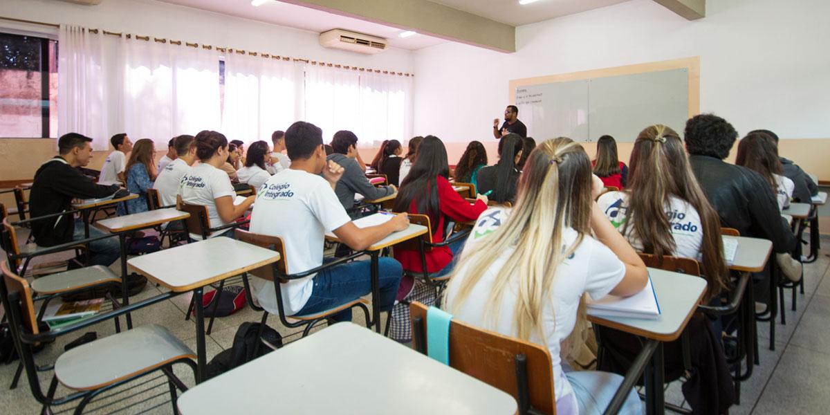 Colégio integrado sala de aula