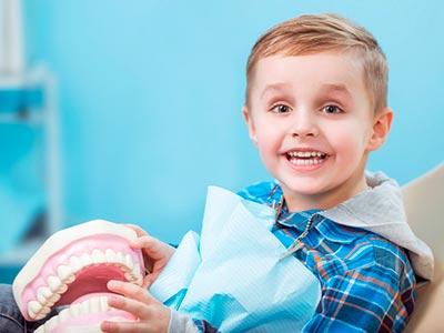 Atendimento odontológico infantil