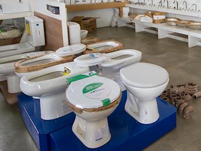 Louças e sanitários