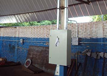 Instalação de quadro de energia