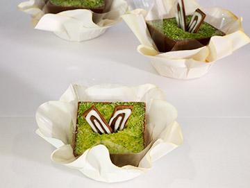 casquinha-de-chocolate-ao-leite-com-trufa-de-limão